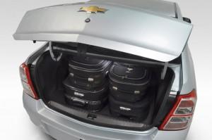 Chevrolet-Cobalt-2012-Porta-Malas