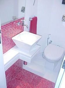 banheiros-decorados-com-pastilhas-12