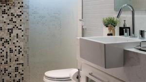 banheiros-decorados-com-pastilhas-13