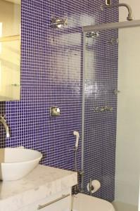 banheiros-decorados-com-pastilhas-30