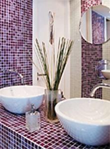 banheiros-decorados-com-pastilhas-31