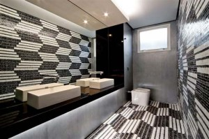 banheiros-decorados-com-pastilhas-32