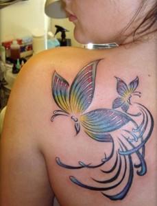 tatuagem feminina borboletinhas by pablo dellic