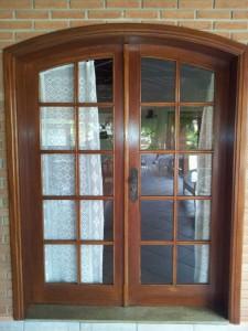 portas-janelas-de-madeira-12