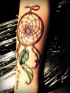 tatuagem-filtro-dos-sonhos-significado-12