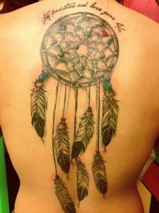 tatuagem-filtro-dos-sonhos-significado-15