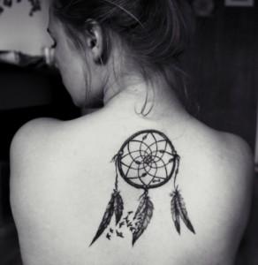 tatuagem-filtro-dos-sonhos-significado-19