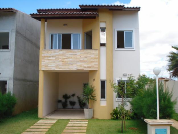 Fachadas de sobrados com varanda for Modelos de casas pequenas de 2 pisos
