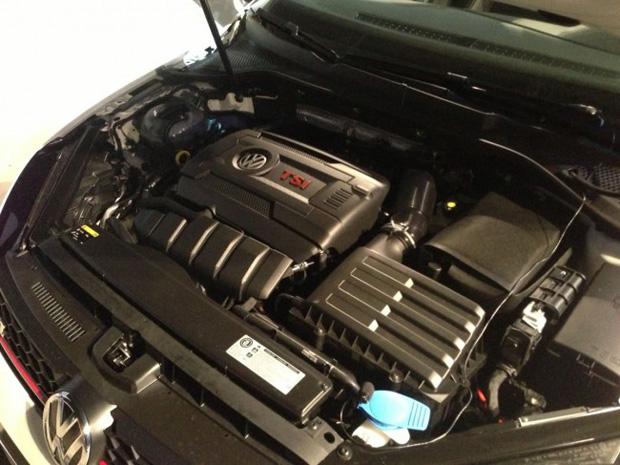 Motor do novo Volkswagen Golf versão 2014. (Foto: Divulgação / VW)