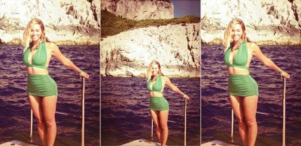 Exuberante, Beyoncé aparece usando um biquíni hot pants. (Foto: Divulgação)