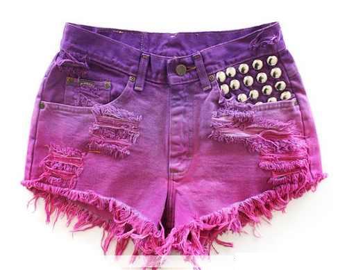 http://cdn.e-tudo.net/wp-content/uploads/gallery/shorts-jeans-coloridos/shorts-jeans-coloridos-6.jpg